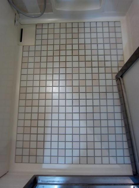 s-エンゼルハイム大泉学園302号浴室床IMG_9138_R.jpg