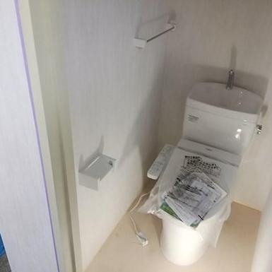 新橋ビルのトイレ交換